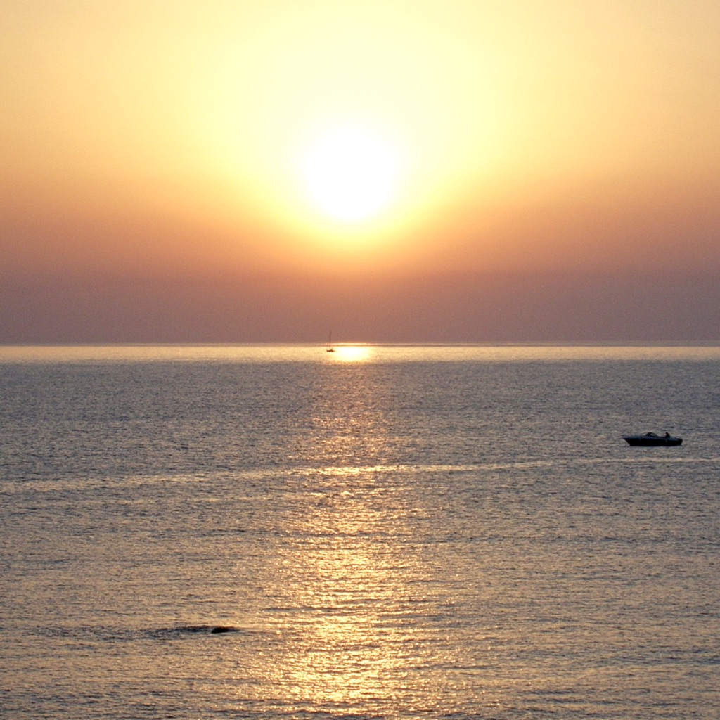 lever soleil - Il y a des humains qui te font du bien. rencontre, personne, conseil bonheur, conseil bien-être, blog bonheur, blog bien-être
