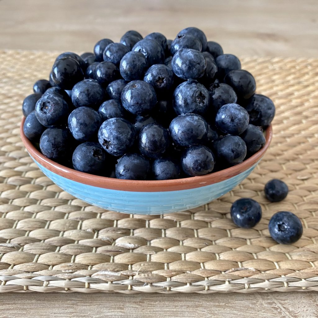 You don't want your health to have the blues? Eat blueberries.